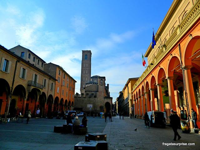 Piazza Verdi, coração do bairro universitário de Bolonha