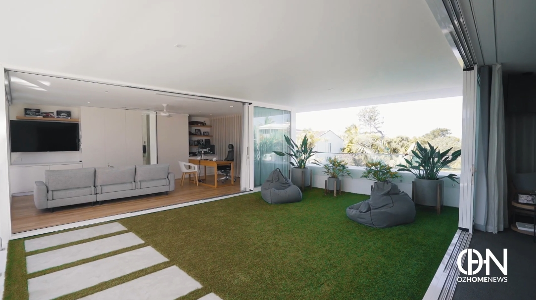 47 Interior Design Photos vs. 25 Lorikeet Dr, Peregian Beach, QLD, Australia Luxury Home Tour