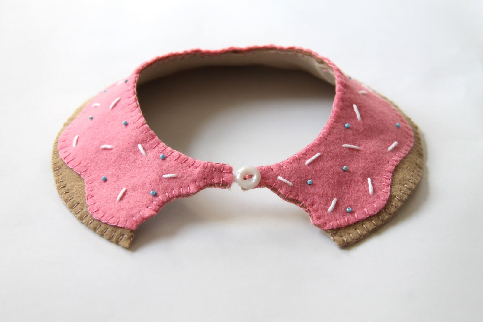 DIY Pink Doughnut Collar Tutorial