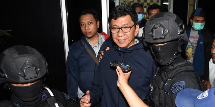 Wali Kota Batu di Bawa ke Jakarta Setelah OTT KPK