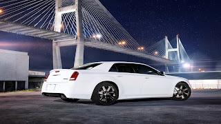 Dream Fantasy Cars-Chrysler 300 2012