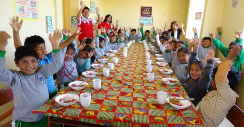 QALI WARMA: Maestros enseñan a alumnos a cultivar esperanzas con Qalihuerto Ecodidáctico en La Joya - Arequipa - www.qaliwarma.gob.pe