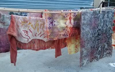 corso ecoprint ecoprinting stampa vegetale tessuto tessuti colori naturali tintura naturale