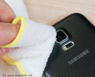 3 Bahan Ini Ampuh Bersihkan Lensa Kamera Smartphone