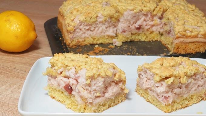 Prăjitură cu Aluat Răzuit și Iaurt de Căpșuni