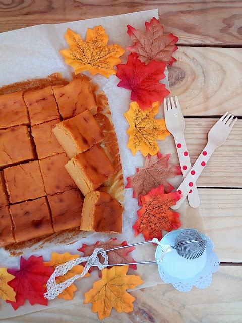 Brownie de boniato (o batata) asado y chocolate blanco Camote, papa dulce, blondie, postre, desayuno, merienda, horno, recetas fáciles, sencillas, de otoño, con horno. Cuca