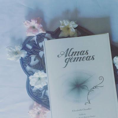 [Resenha] Almas Gêmeas - Beijada por um Anjo  (Com Spoilers)