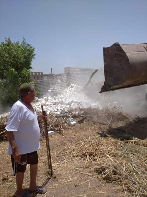 زراعة الفيوم تواصل التصدي لظاهرة التعديات على الأراضي الزراعية بمركزى الفيوم وإطسا