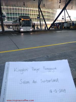 Terminal Bus di Pelataran Bandara Zurich