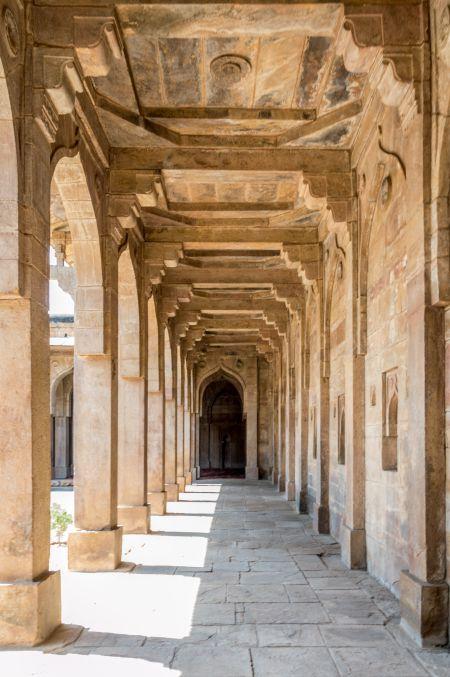 Jama Masjid pillared cloister