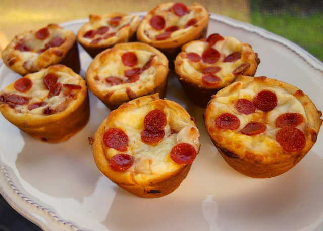 Deep Dish Pizza Cupcakes   Plain Chicken