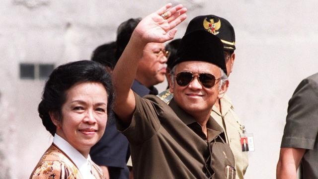 30 Quotes Bj Habibie Yang Dikenang Sepanjang Masa Raden Pedia