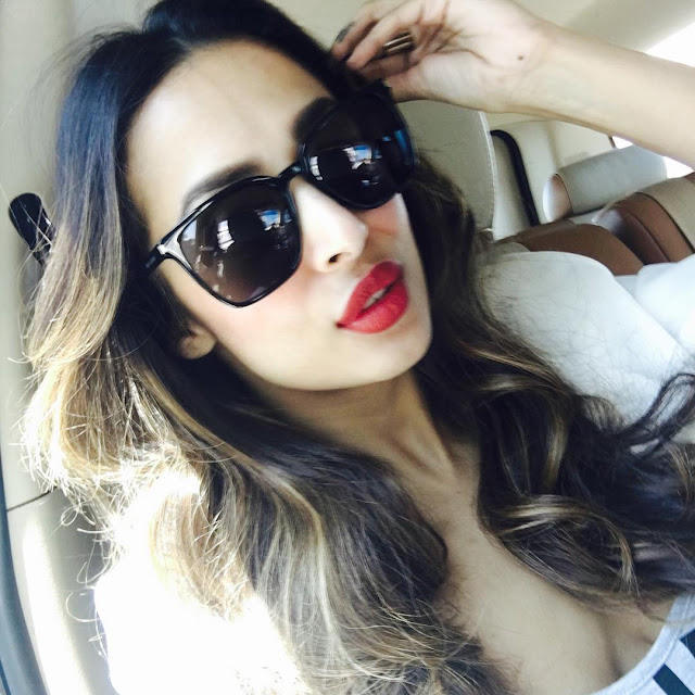 malaika-arora-gorgeous-face