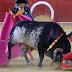 Un torero a été tué par un coup de corne fatal dans l'arène, en direct à la télévision