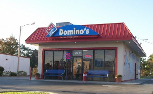 Dejó de ordenar y los empleados de Domino's fueron a su casa