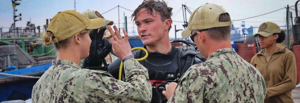 Американці допомагають у будівництві бази ВМСУ