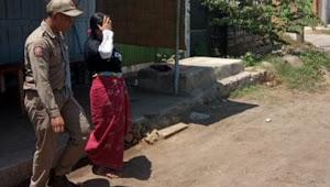 Satpol PP, Ciduk 2 PSK Pasar Baru Ngopak di Siang Bolong