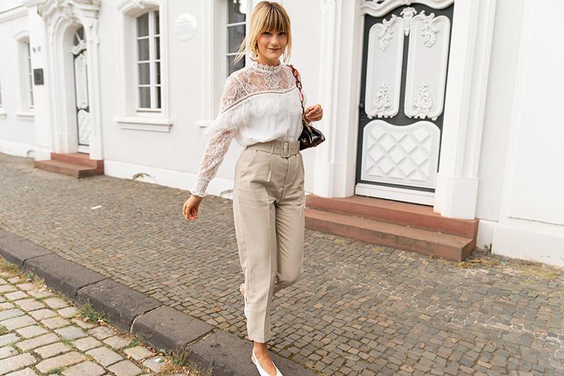 comment-porter-tendance-neutres-idée-look-parisienne-chic
