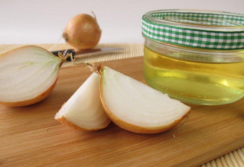 Смесь из лукового сока и меда для повышения иммунитета - народное средство от многих болезней