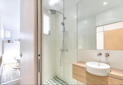 7 Desain Terbaru Kamar Mandi Minimalis Dengan Tampilan Shower Stylish 3