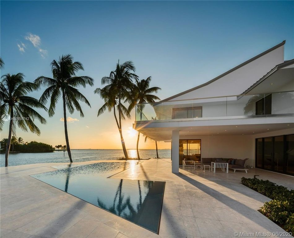Key Biscayne Ultra Luxury Mansion - Modern Luxury Miami ...
