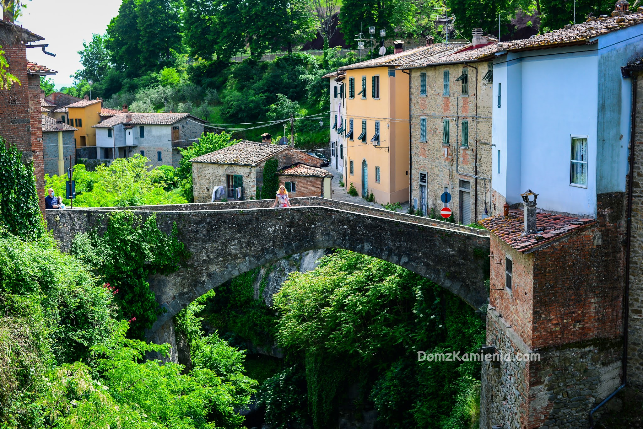 Loro Ciuffenna, Dom z Kamienia, blog o życiu w Toskanii