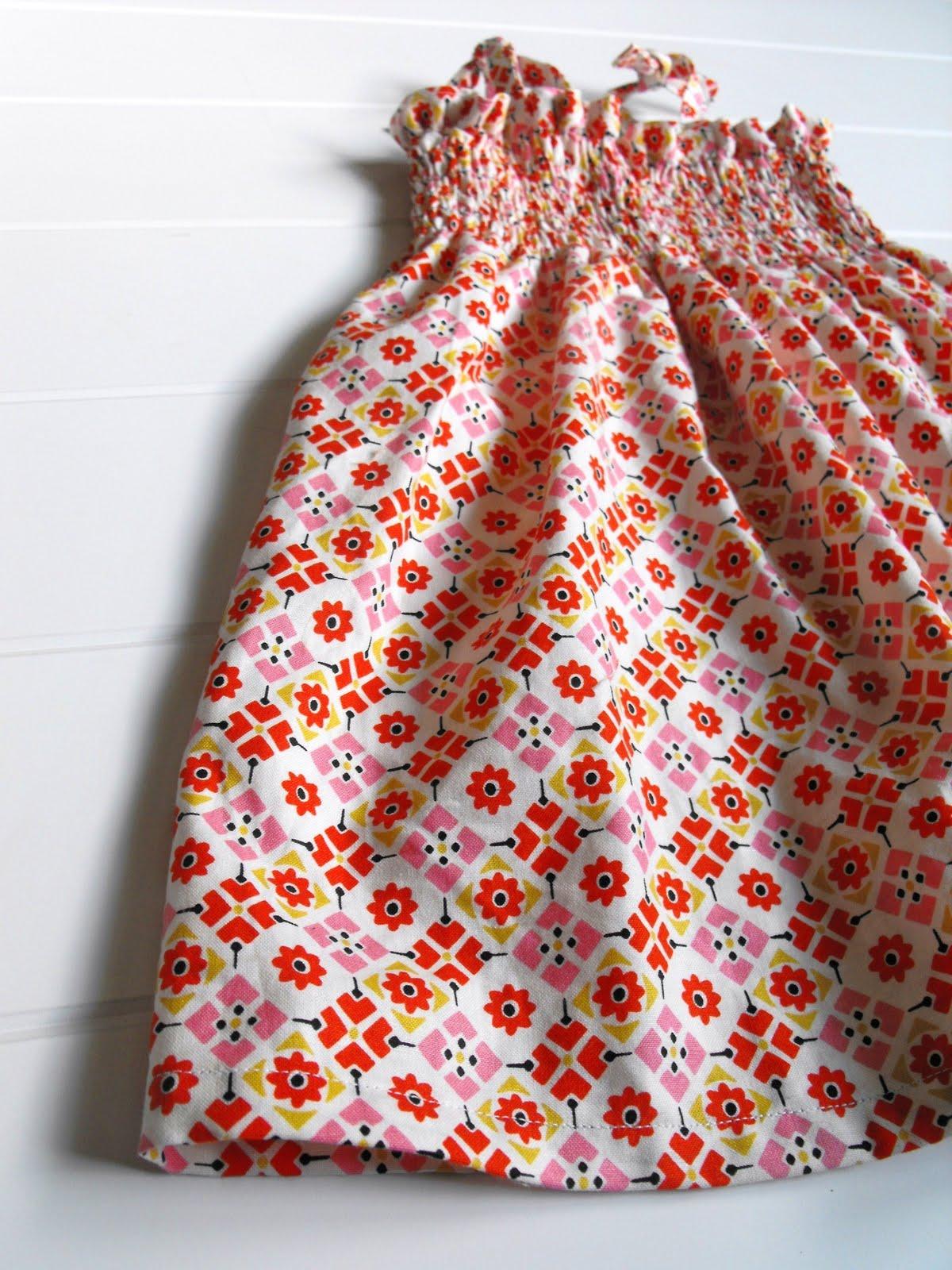 8169ae52e420 Fussy Cut  a shirred dress