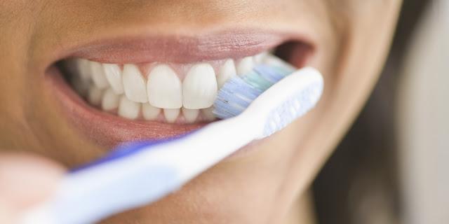 memberus gigit, cara berus gigi, ubat gigi yang baik