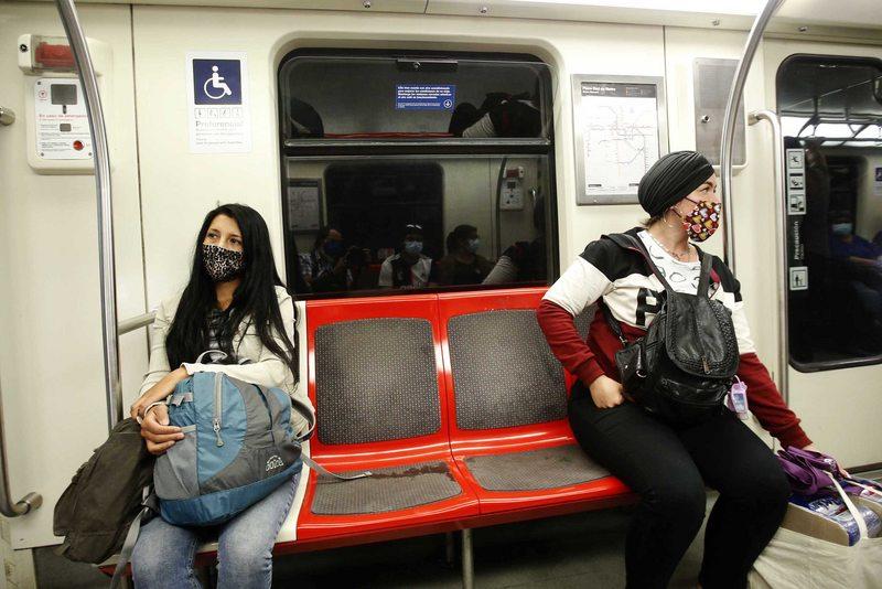 Metro de Santiago aplica la misma técnica que Japón
