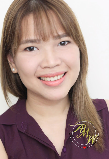 a photo of askmewhats Estee Lauder NEW Pure Color Love review in Sky High and Sly Wink