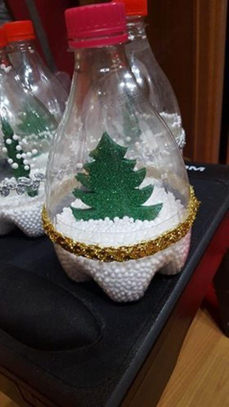 Árvores de Natal diferentes