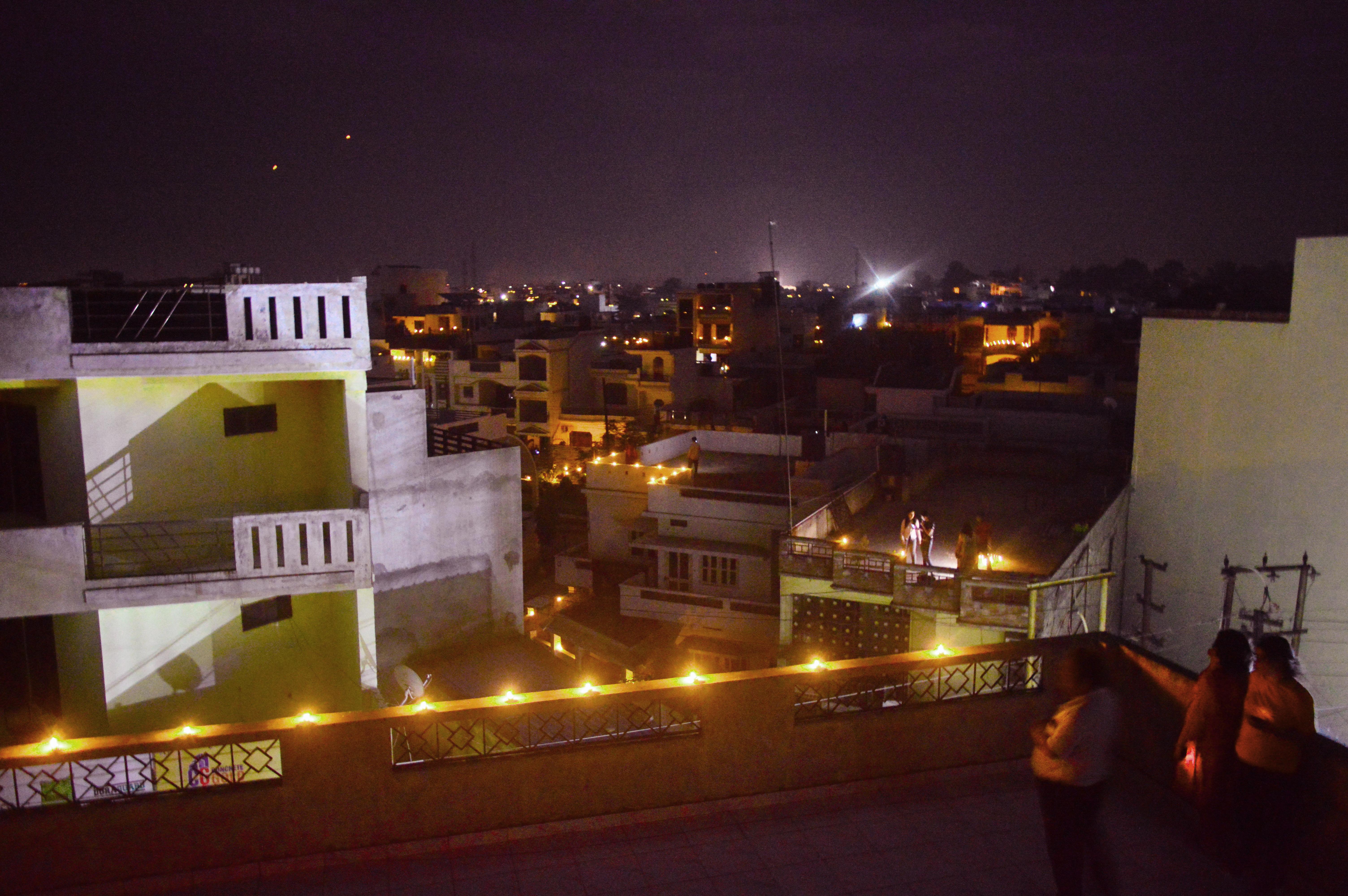 corona_covid_9baje-9minute_India_lockdown_Desh_Bharat_diya_candle_lamp_light_painting_nikon_d3200