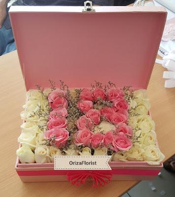 jual mawar pink surabaya, toko bunga mawar putih di surabaya, harga mawar putih di surabaya