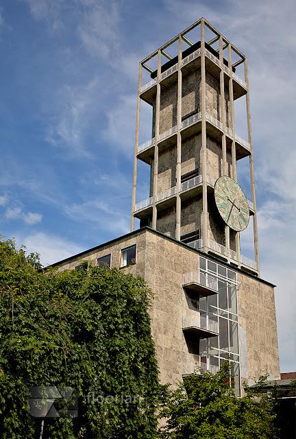 Modernistyczny Ratusz w Aarhus - atrakcje turystyczna w duńskim Aarhus