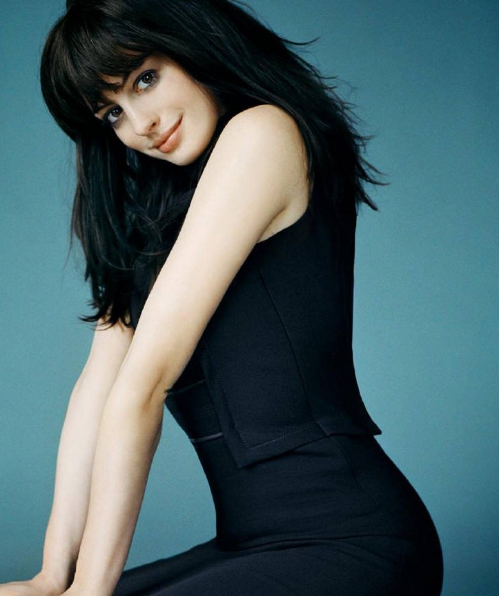 Anne Hathaway Profile And Images/Photos 2012