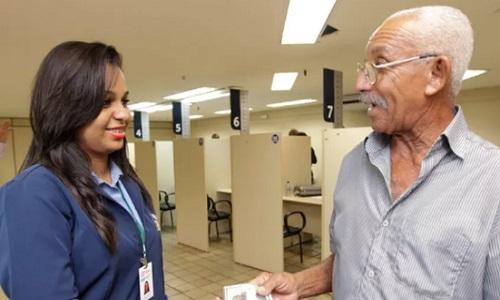 Recadastramento de aposentados e pensionistas continua suspenso em julho