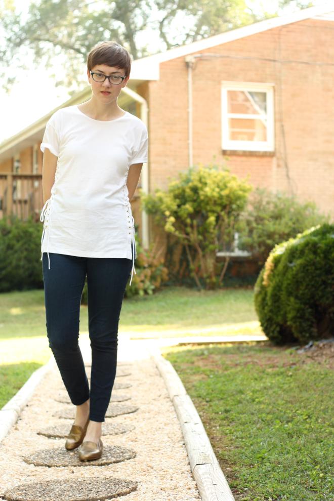 minimalist outfit madeFAIR post
