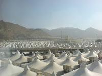 Tents in Minaa