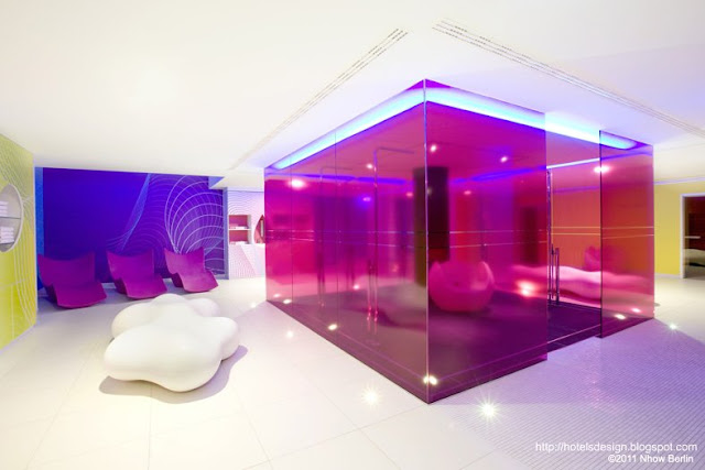 Les plus beaux hotels design du monde h tel nhow berlin for Design hotel berlino