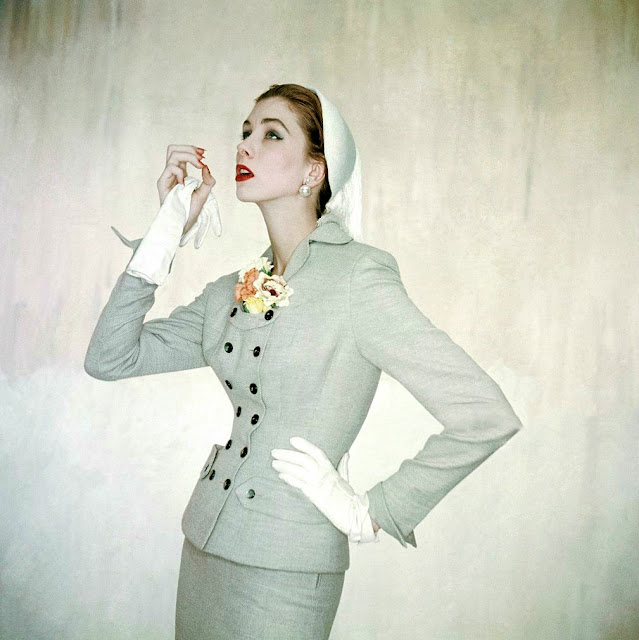 1953. Suzy Parker by Clifford Coffin