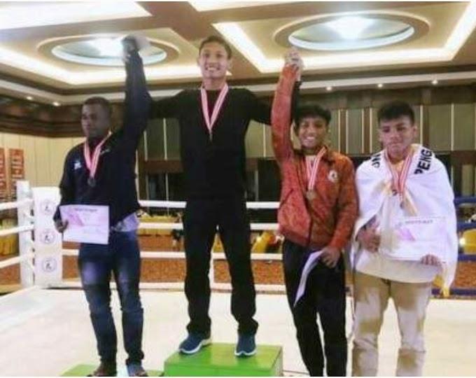 Putra Daerah Dompu, Ardiansyah Berhasil Sabet Medali Emas di Kejurnas Muay Thai, Kendari