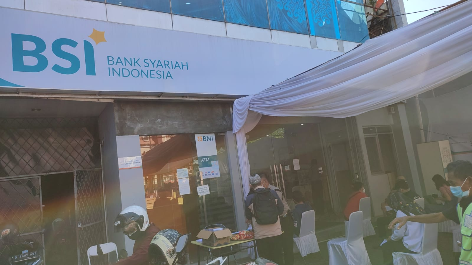 Bank BNI Syariah Cimahi berubah menjadi BSI