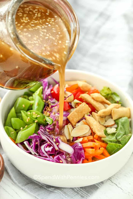 18 popular salad dressings #sweetsavoryeats
