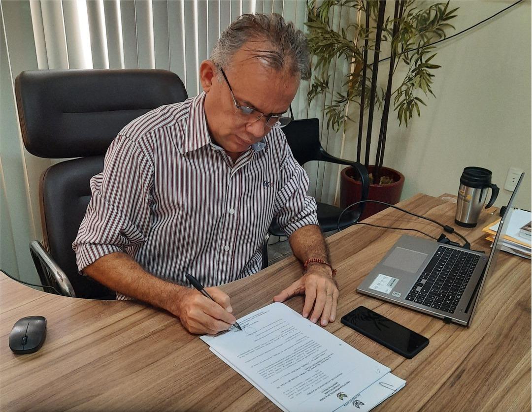 Prefeito Marcone Tavares convoca profissionais de odontologia aprovados em processo seletivo