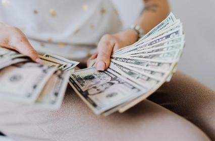 Segera Dapatkan 4 Manfaat ini dengan Investasi Deposito !