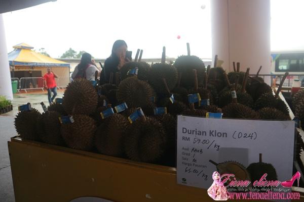 Durian D24 RM 65 Sekilo