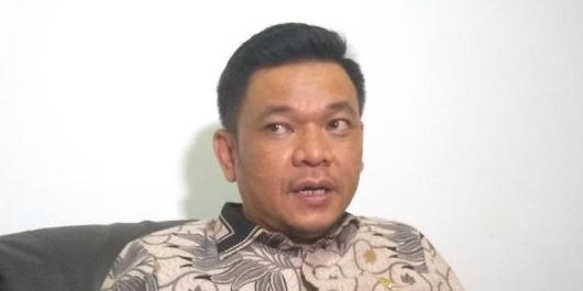 Waketum Gerindra Tuding Romahurmuziy Cari Dana untuk Jokowi, TKN: Itu Fitnah