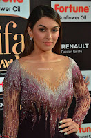 Hansika Motwani in Glittering Deep Neck Transparent Leg Split Purple Gown at IIFA Utsavam Awards 001.JPG
