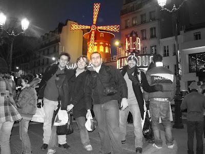 Moulin Rouge com efeitos especiais - Paris - França