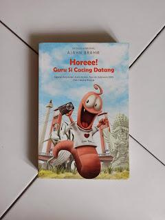 Horeee Guru Si Cacing Datang by Hendra Widjaja